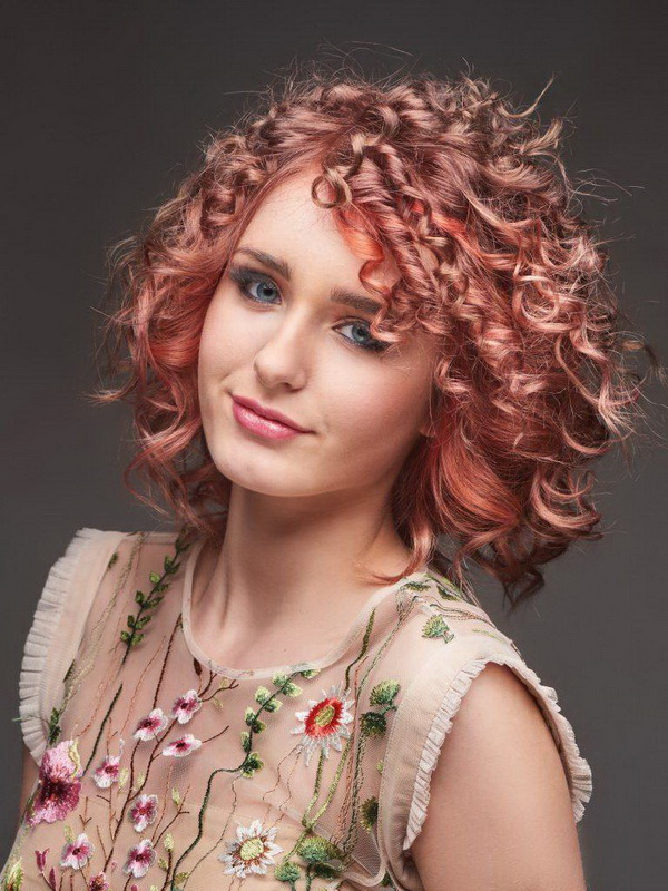 haircuts for thick curly hair