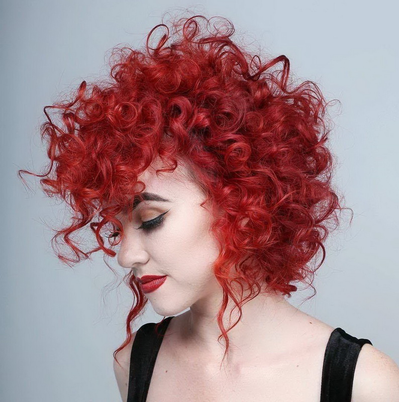 haircuts styles for curly hair