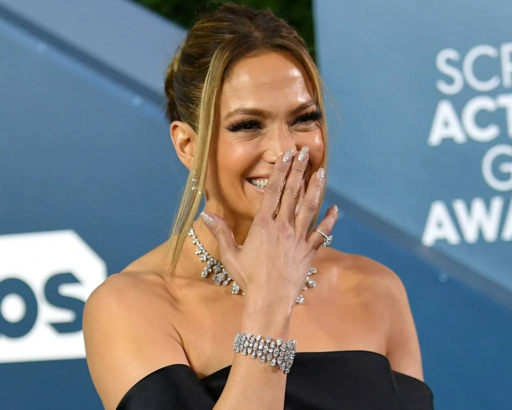 jennifer lopez nails