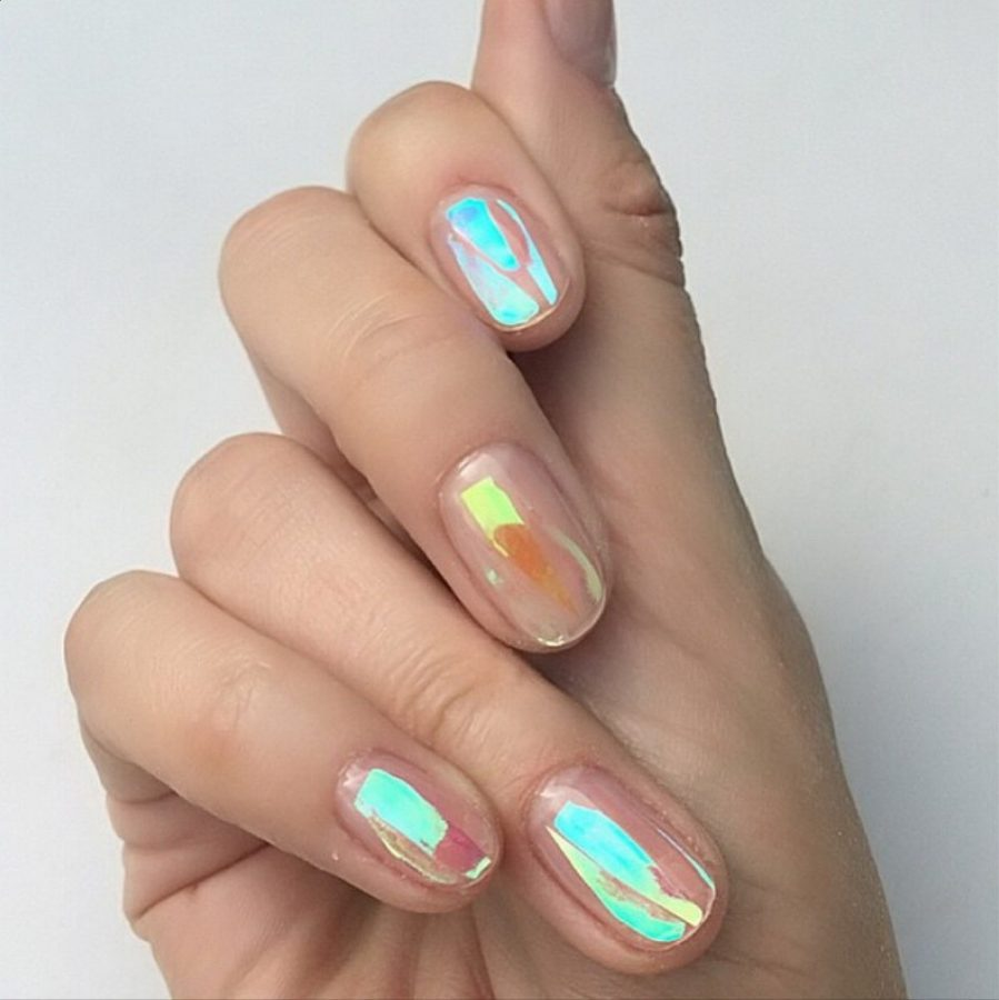 short holographic nails