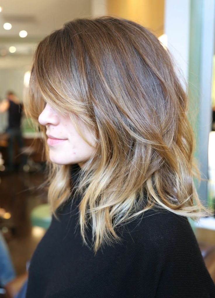 4 wavy ombre medium haircut