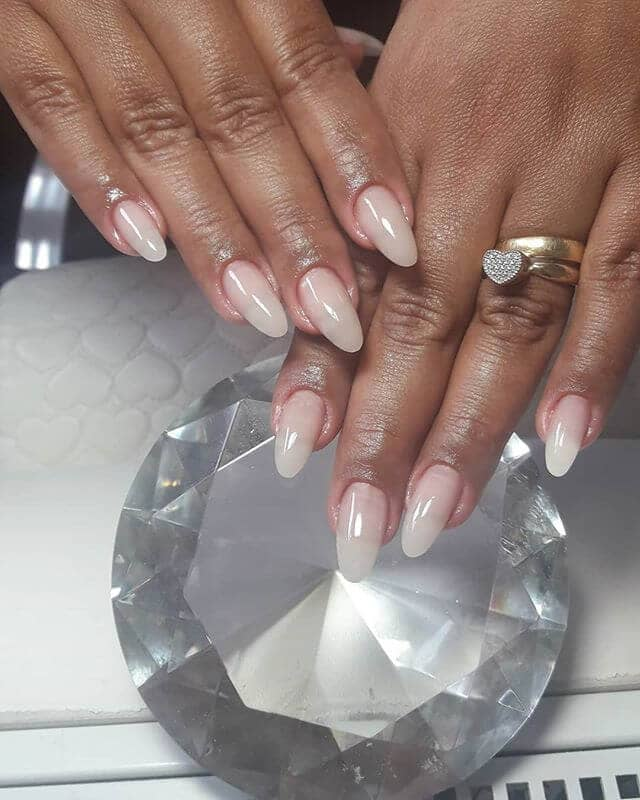 The Clear Nails Trend is the Next Big Thing