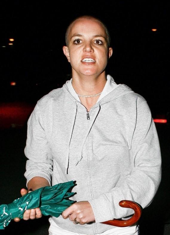 Britney Spears baddie hairstyles