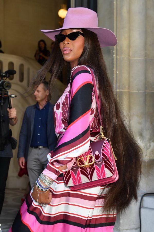 Naomi Campbell long haircut