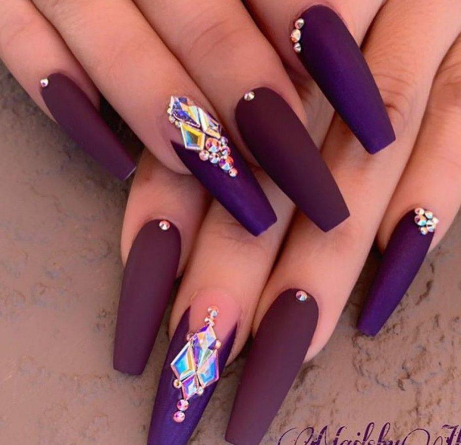 pretty nails art for women