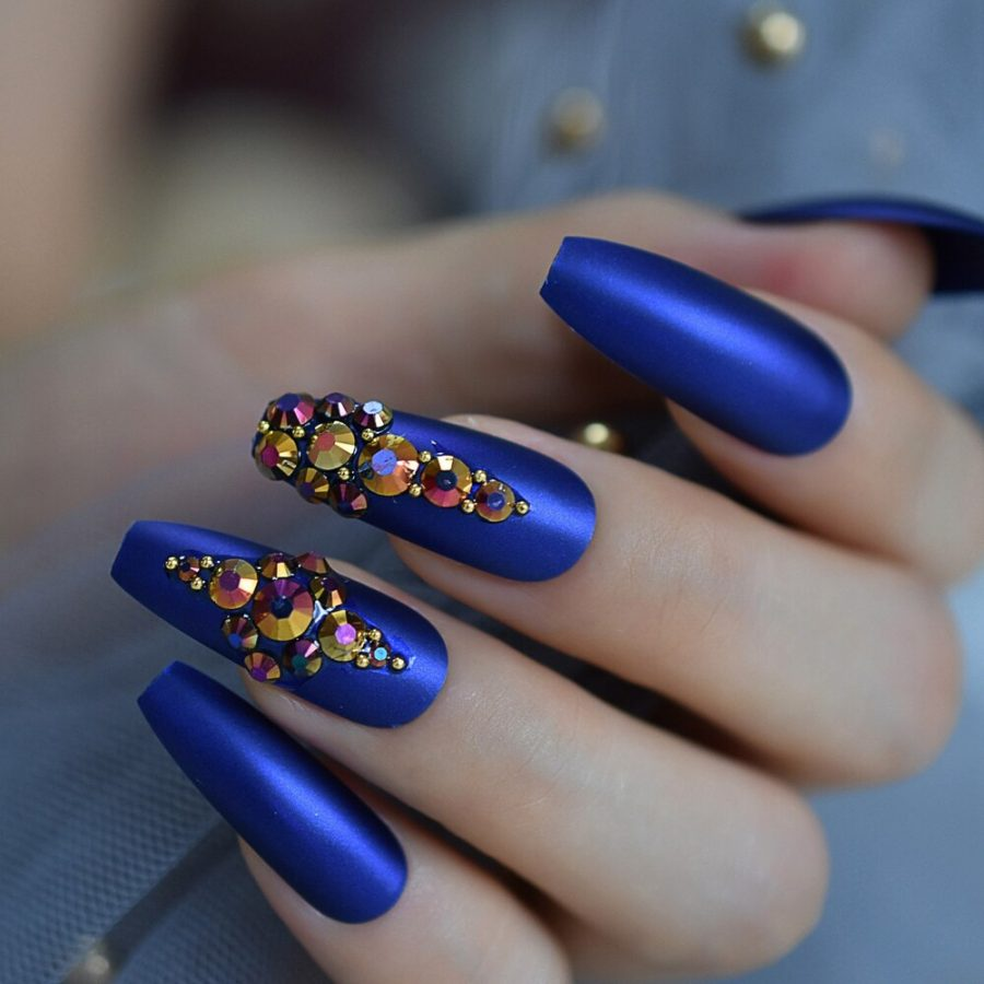 Royal blue luxury nails
