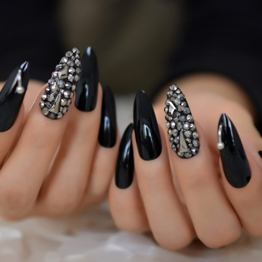 black luxury nails with gems