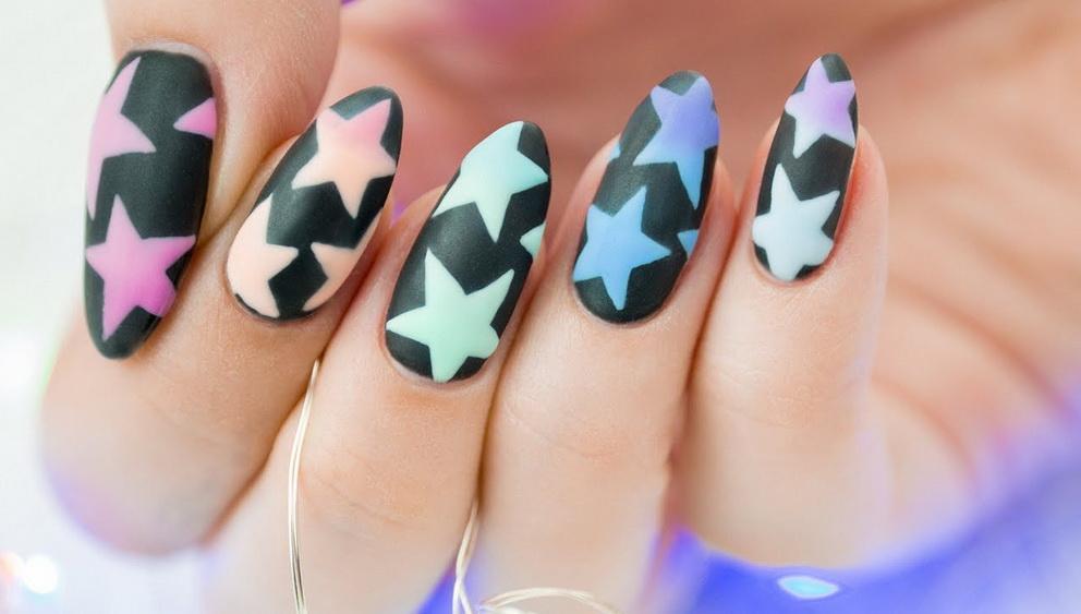 colors stars nails