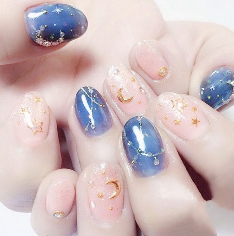 pastel stars nails