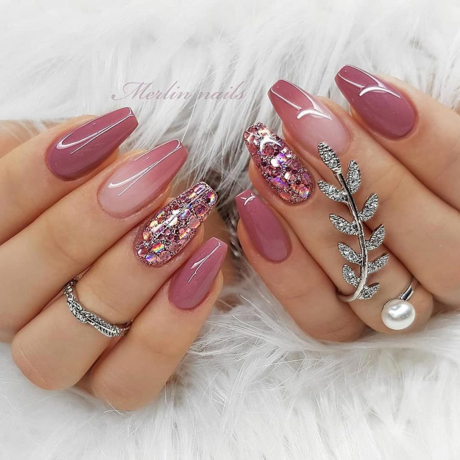 pink luxury nails