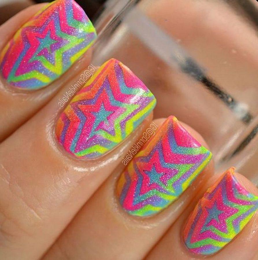 rainbow star nails