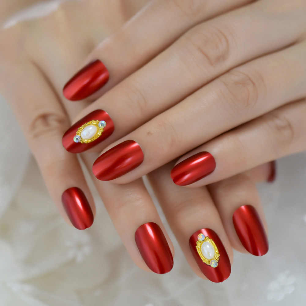 red and gold luxury nails