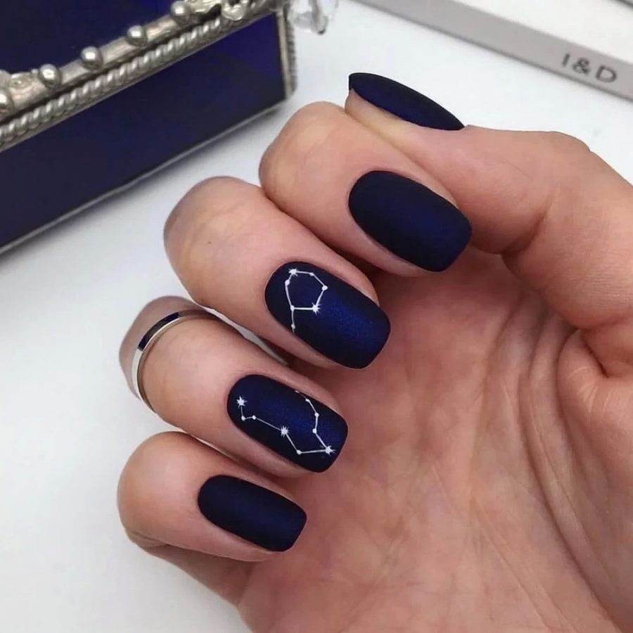 simple and elegant star nails