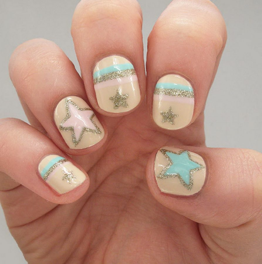 yellow stars nails