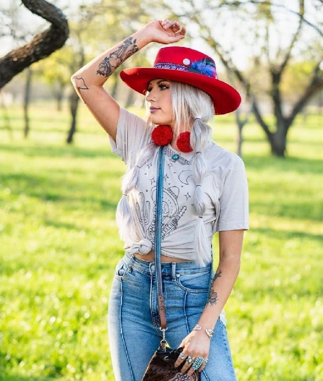 Cowgirl Look With Long Hair