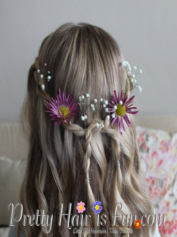 17 Disney Princess Hairstyles - A beautiful style even Princess Aurora would love.