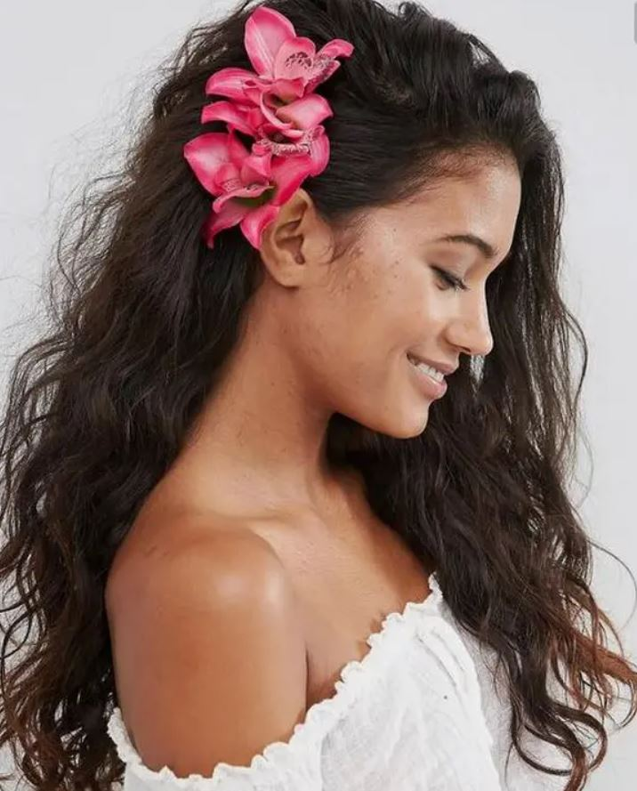 Hawaiian Curly Hairstyle
