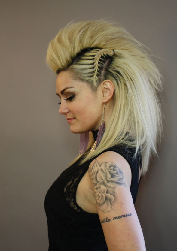 Hawk hair for Cowgirls