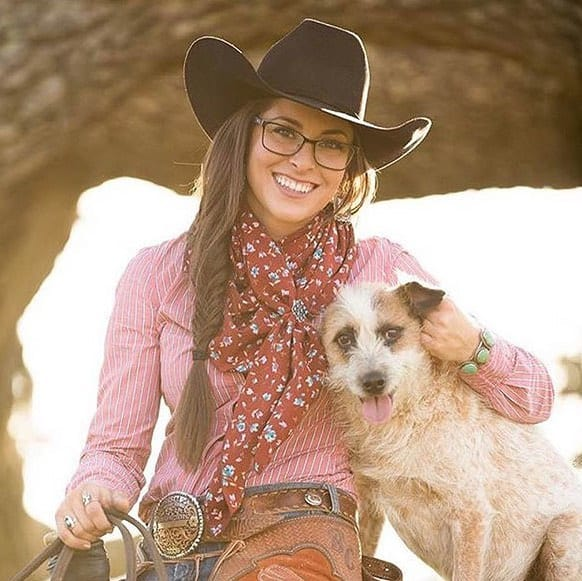 Long fishtail braid for cowgirls