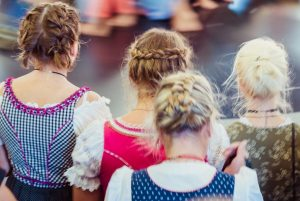 28 Best German Hairstyles for Ladies on Oktoberfest