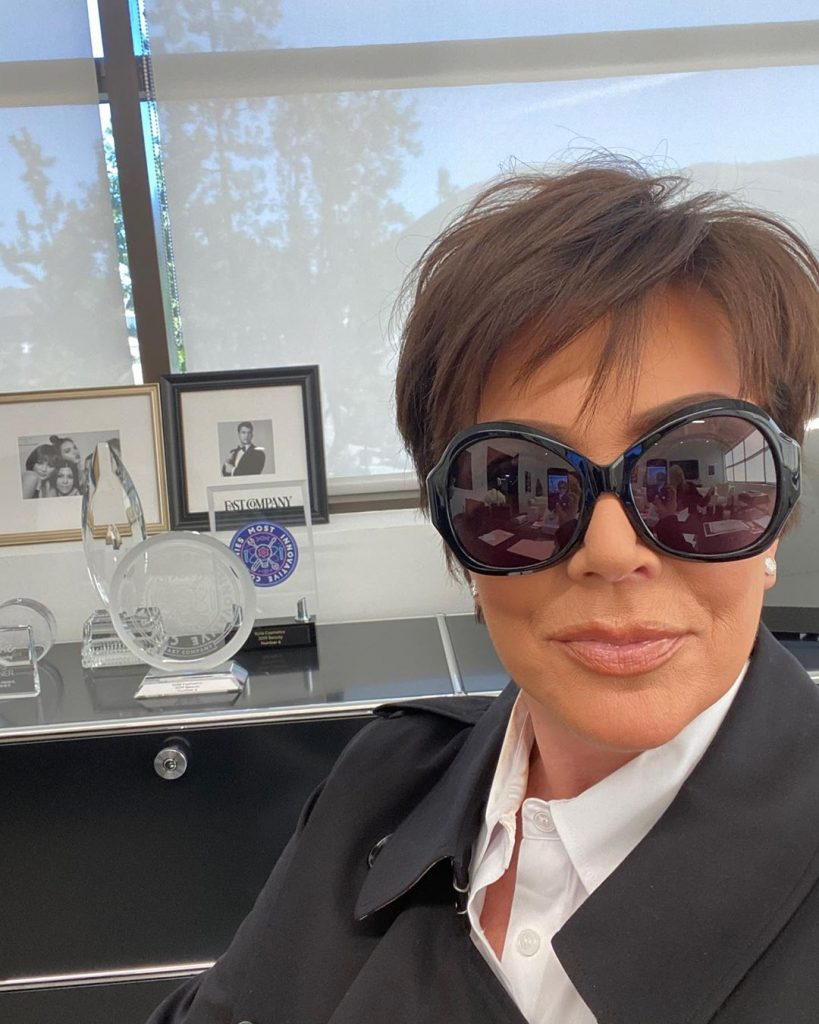 kris jenner hairstyles for round face