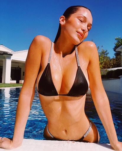 Bella and Gigi Hadid's Summer Bikini Pics